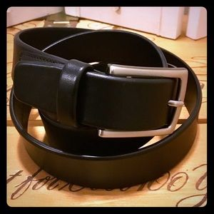 2/$30% OFF • Perry Ellis Portfolio Leather Belt